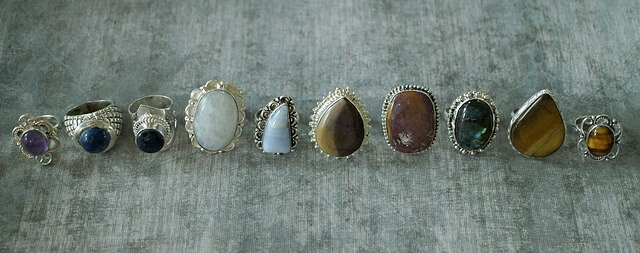 When and how to use gemstone to ward off negative influence of the